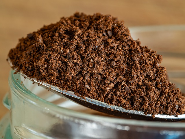 coffee grounds composting